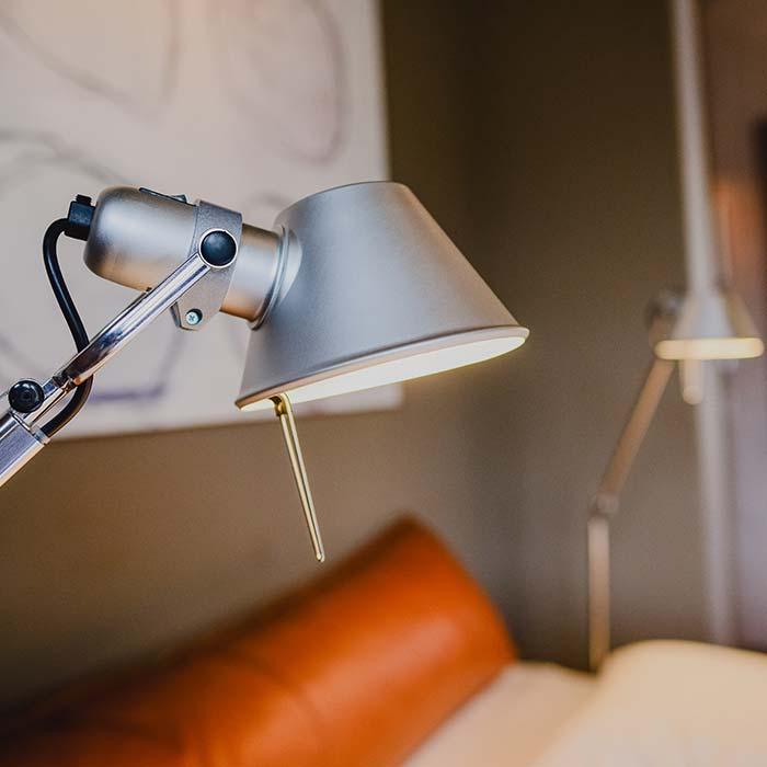 blue-ongstay-appartement-nijmegen-lamp